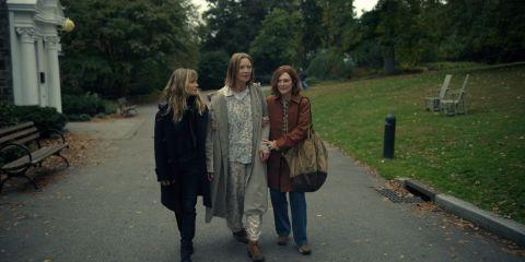 Jennifer Jason Leigh, Joan Allen, and Julianne Moore in 'Lisey's Story'