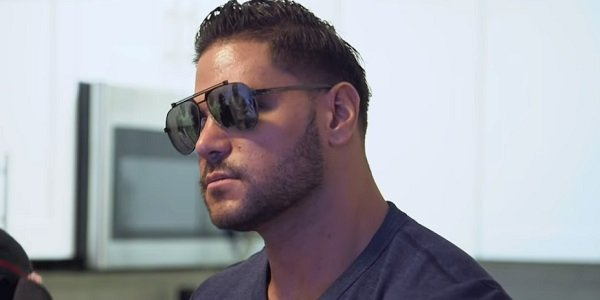 Jersey Shore Stars Roast Ronnie Over Pregnancy Scare In New Family Vacation Video