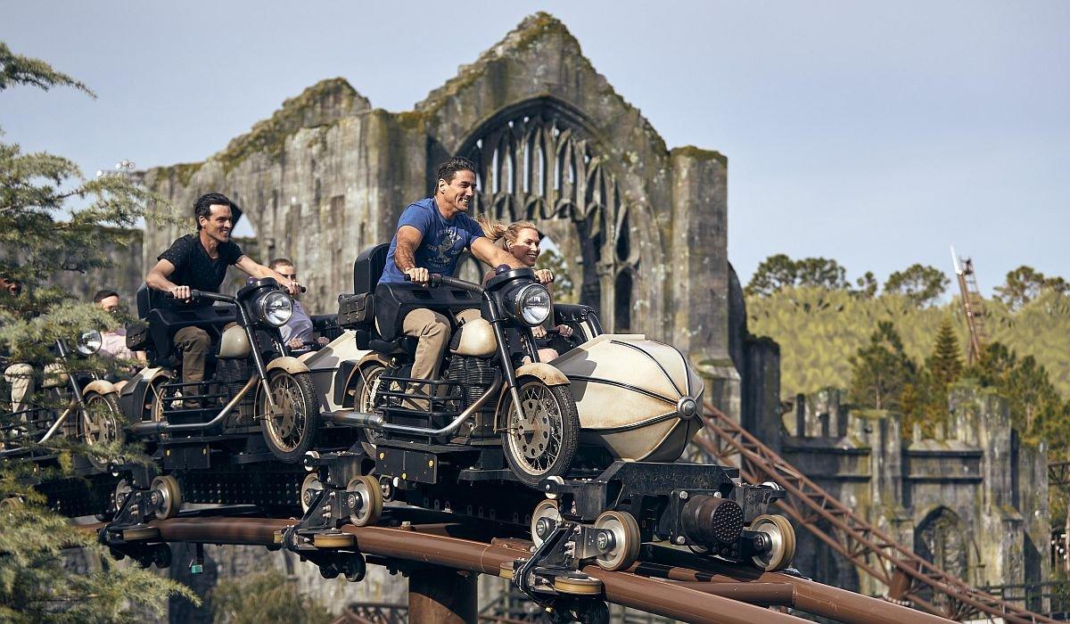Hagrid's Magical Creatures Motorbike Adventure vehicles