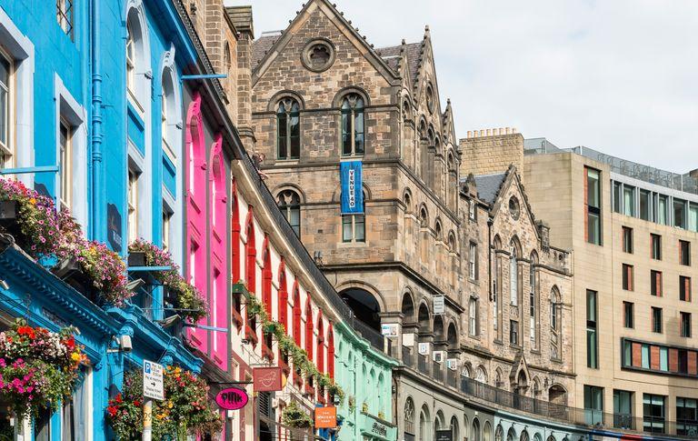 A photo of a colourful high street in Edinburgh