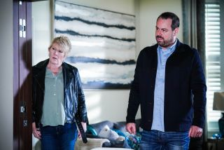 Shirley Carter and Mick Carter have questions in EastEnders
