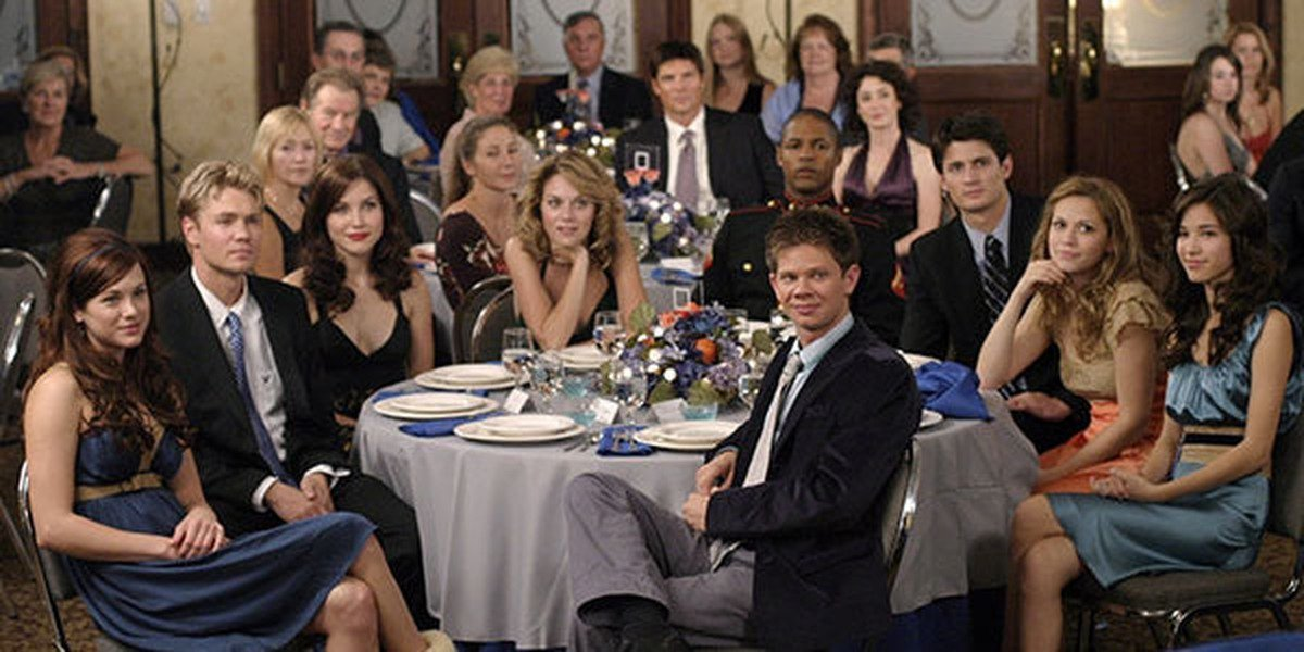 Some of the main cast of One Tree Hill.