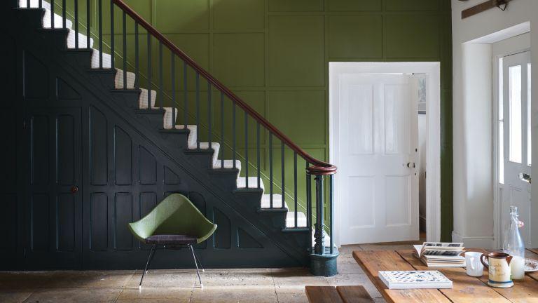 Hallway color tips