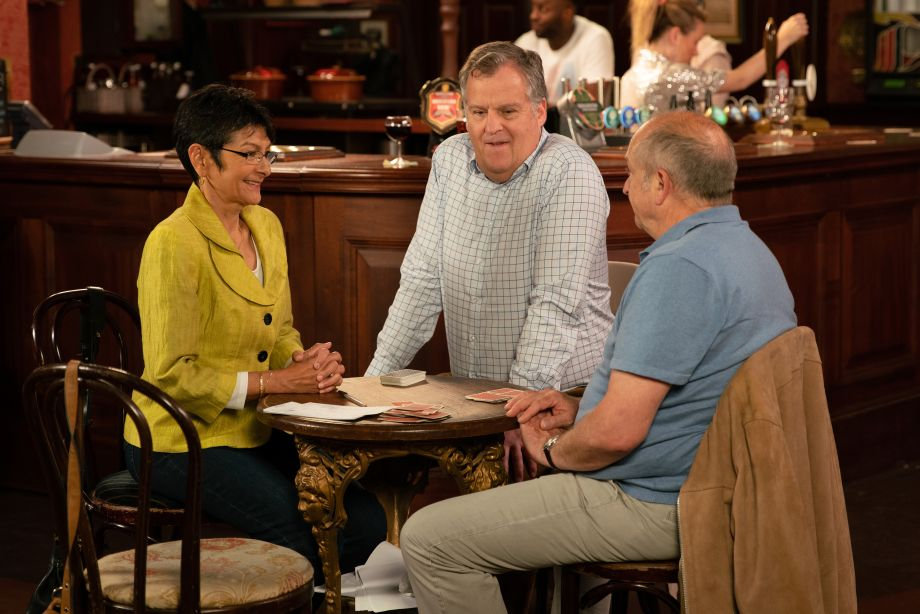 Coronation Street spoilers: Geoff Metcalfe takes his frustrations out on Yasmeen