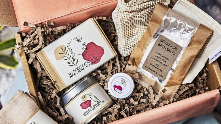 Lockdown gifts: 'Home Sanctuary' Personalised Organic Spa Gift Set