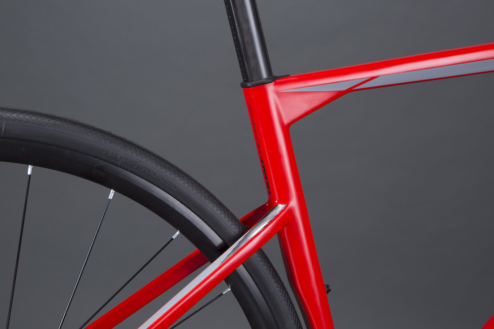 4728b023c7f Skinny seatpost and dropped seat stays mark the Roadmachine out as a BMC