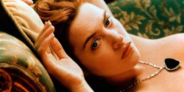 Kate Winslet posing nude in Titanic