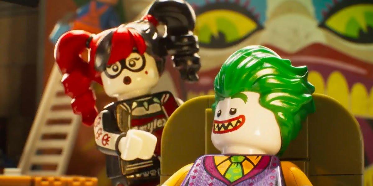 Jenny Slate as Harley Quinn and Zack Galifianakis as Joker in The LEGO Batman Movie