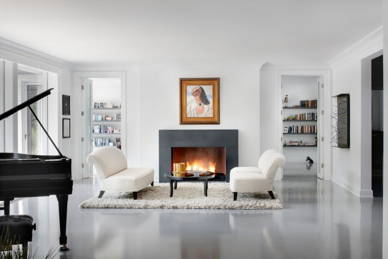 home décor items for living room that look expensive