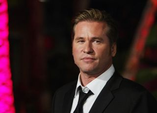 Actor Val Kilmer attends the 2004 Vanity Fair Oscar Party at Mortons Restaurant, Feb. 29, 2004, in Hollywood, California.