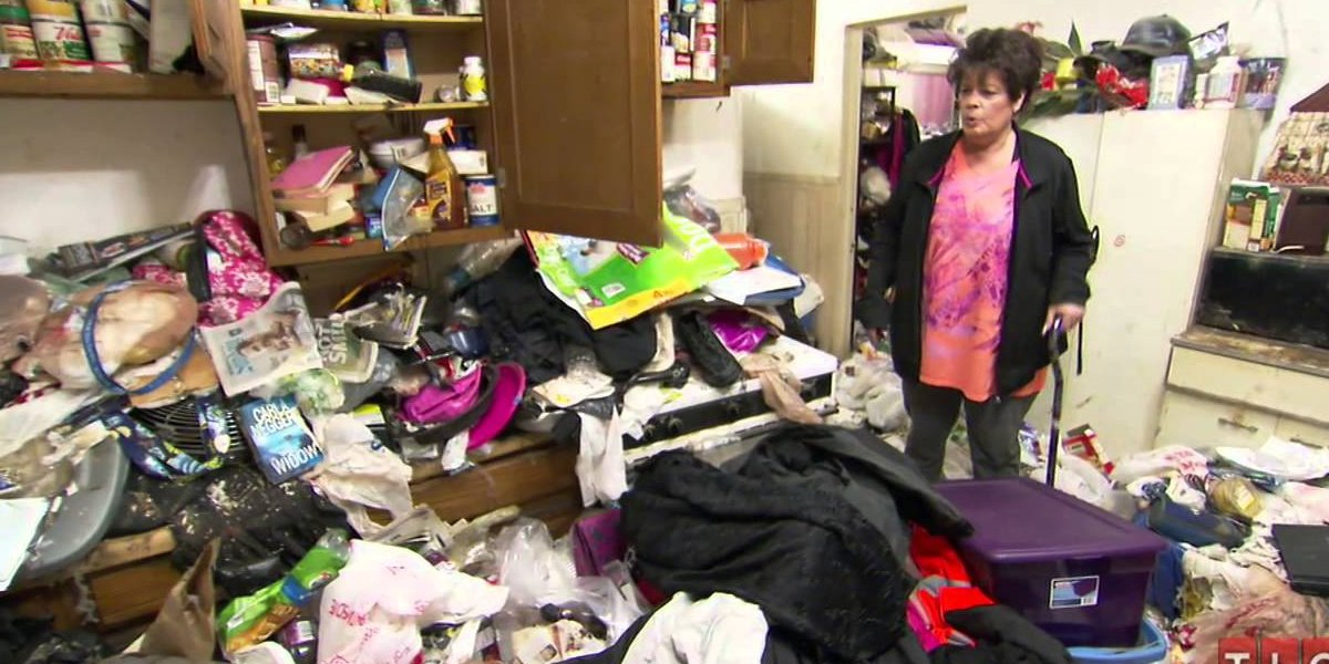 A clip from an episode of Hoarders.