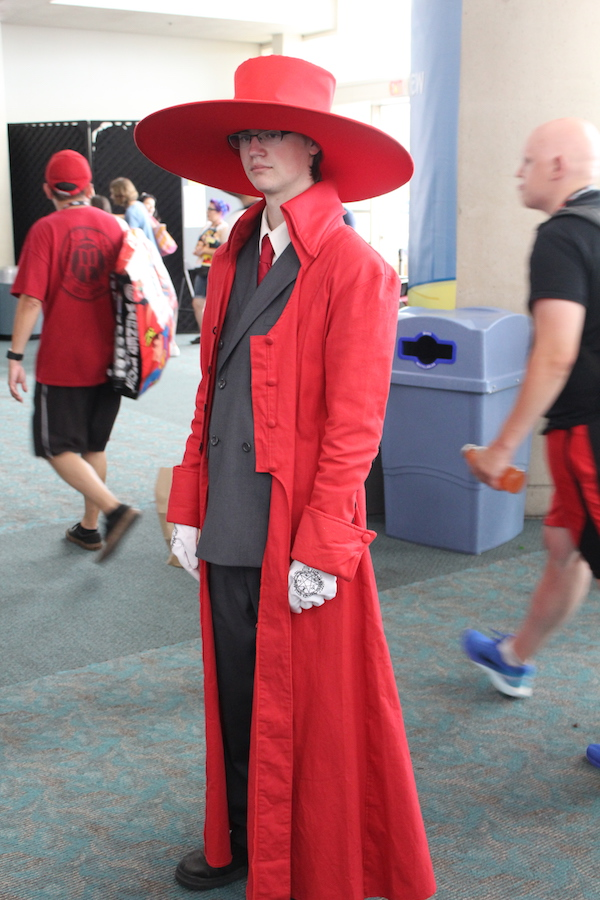 SDCC costume red hat