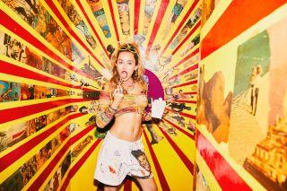Steve McCurry, Rankin, Miley Cyrus photographs raise money for COVID relief