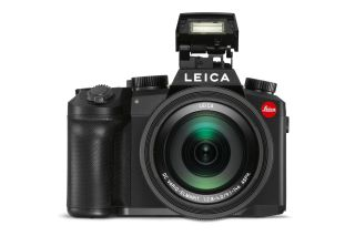 Leica puts speculation to rest by confirming its V-Lux 5 is on the way