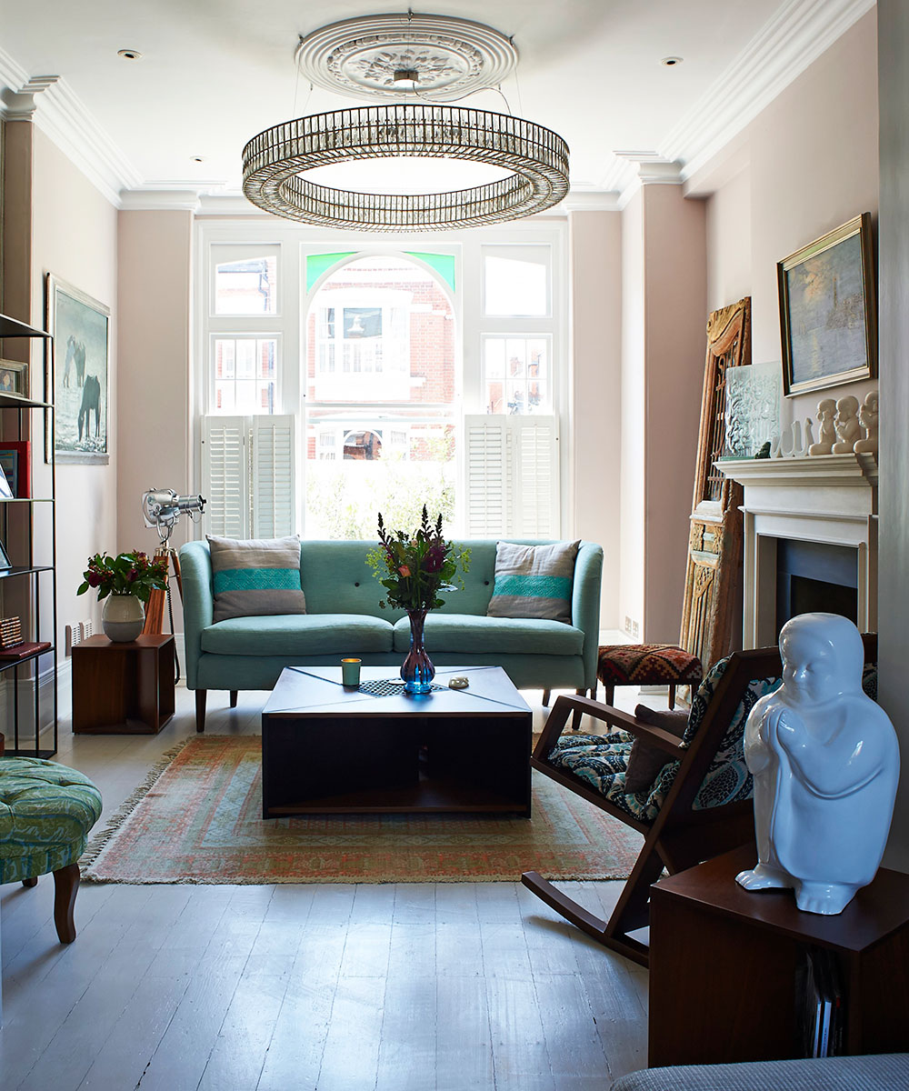 Victorian Living Room: An Elegant And Charming Victorian Terrace