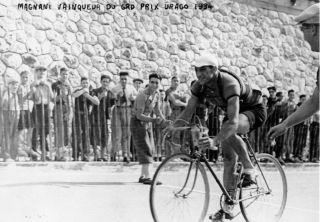 Joseph Magnani winning the 1934 Grand Prix Urago in Nice