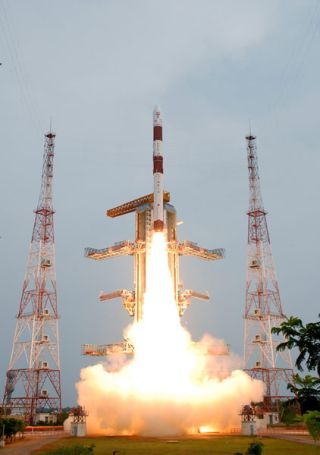 India Hails Success of Complicated Rocket Launch