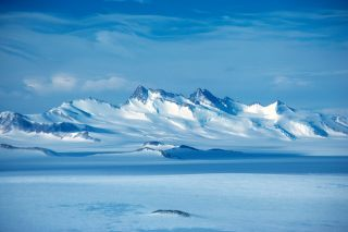mount gould transantarctic mountains