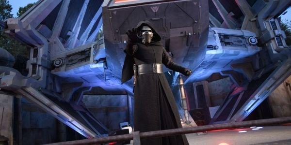 Kylo Ren at Star wars: Galaxy's Edge