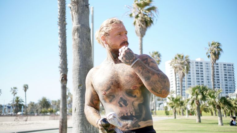 Kevin Creekman, a tattooed model after a dramatic weight loss