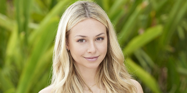 bachelor in paradise corinne olympios