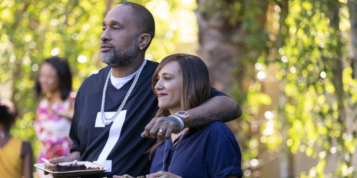 Kenya Barris and Rashida Jones in BlackAF