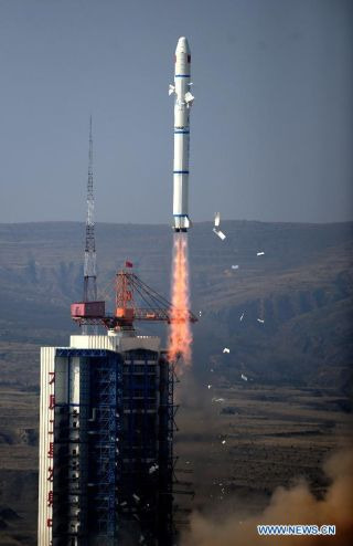 Chinese Long March 2C Rocket Launch, Oct. 14, 2012