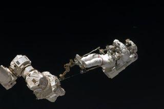 NASA Replans Spacewalks For Shuttle Astronauts