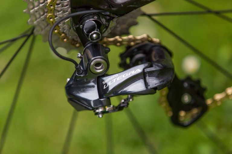 steve cummings cervelo s5 tour de france bike shimano ultegra di2 rear derailleur
