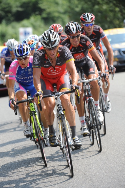 Lance Armstrong heads break, Tour de France 2010, stage 16