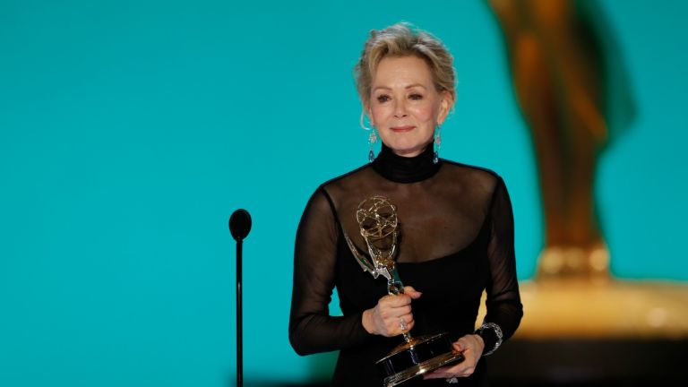 Jean Smart from 'Hacks' appears at the 73RD EMMY AWARDS, broadcast Sunday, Sept. 19 (8:00-11:00 PM, live ET/5:00-8:00 PM, live PT) on the CBS Television Network and available to stream live and on demand on Paramount+.