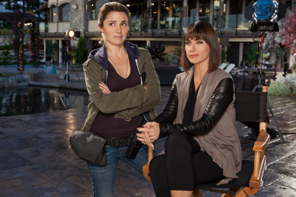 UnREAL stars Shiri Appleby and Constance Zimmer as producers Rachel and Quinn