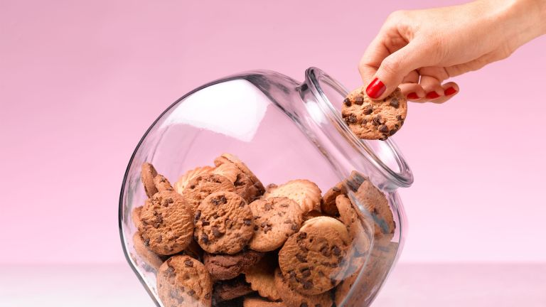 Put that cookie down! Expert tips for beating food cravings