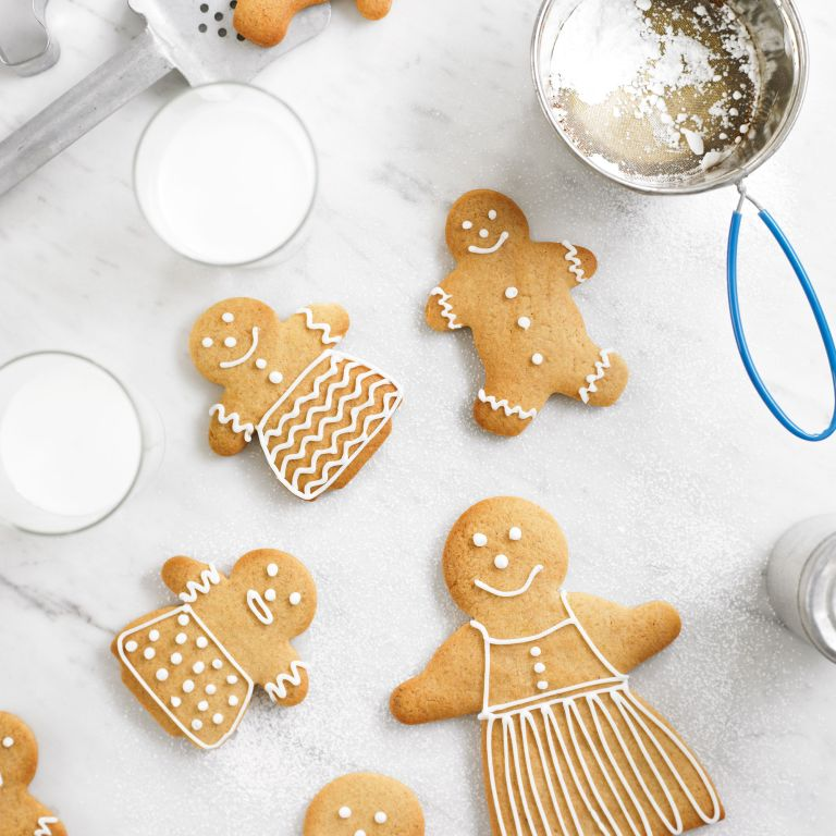 Photo of a gingerbread family recipe