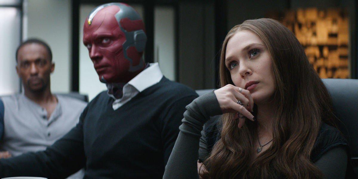 Paul Bettany, Elizabeth Olsen - Captain America: Civil War