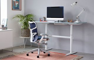 Mirra 2 chair in chic home office