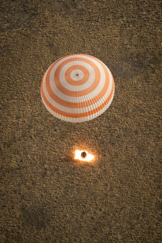 Soyuz TMA-08M Spacecraft Lands Sept. 10, 2013