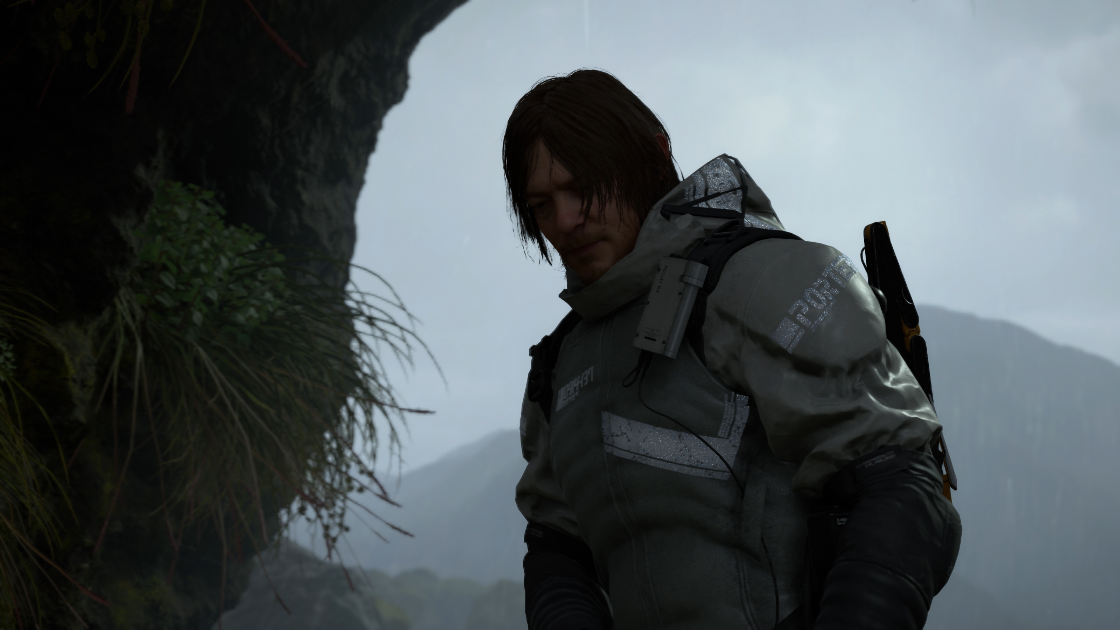 How to customise your backpack in Death Stranding