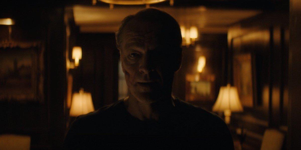 iain glen's bruce wayne confessing he killed the joker on titans season 3