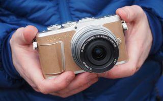 Olympus E PL9 mirrorless camera