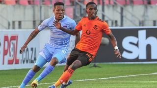 Sizwe Mdlinzo of Chippa United and Thabang Monare of Orlando Pirates