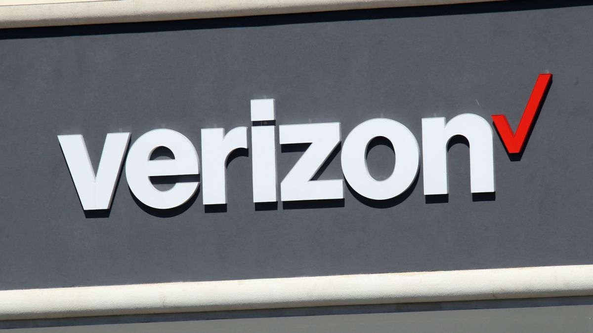 Best Verizon Phone Plans For 2020 Unlimited Prepaid And More Tom S Guide