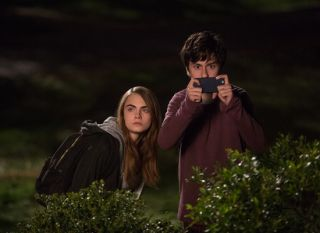 Paper Towns - Cara Delevingne & Nat Wolff