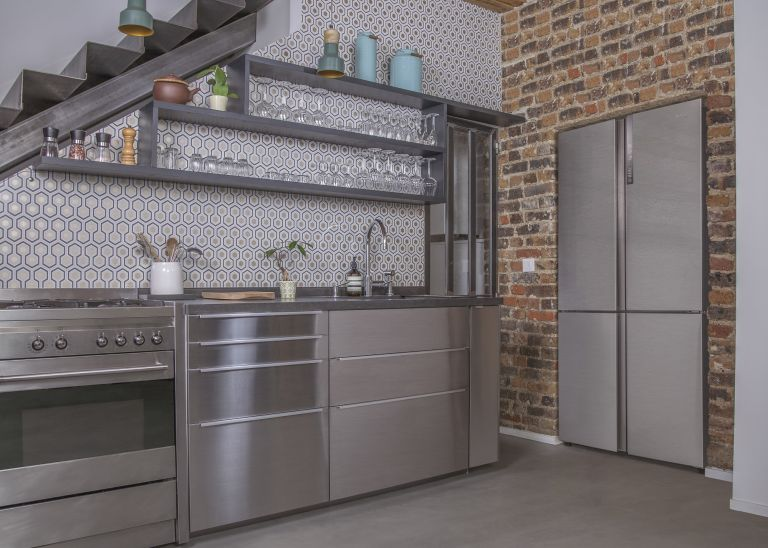 American style fridge freezer built-in to the kitchen