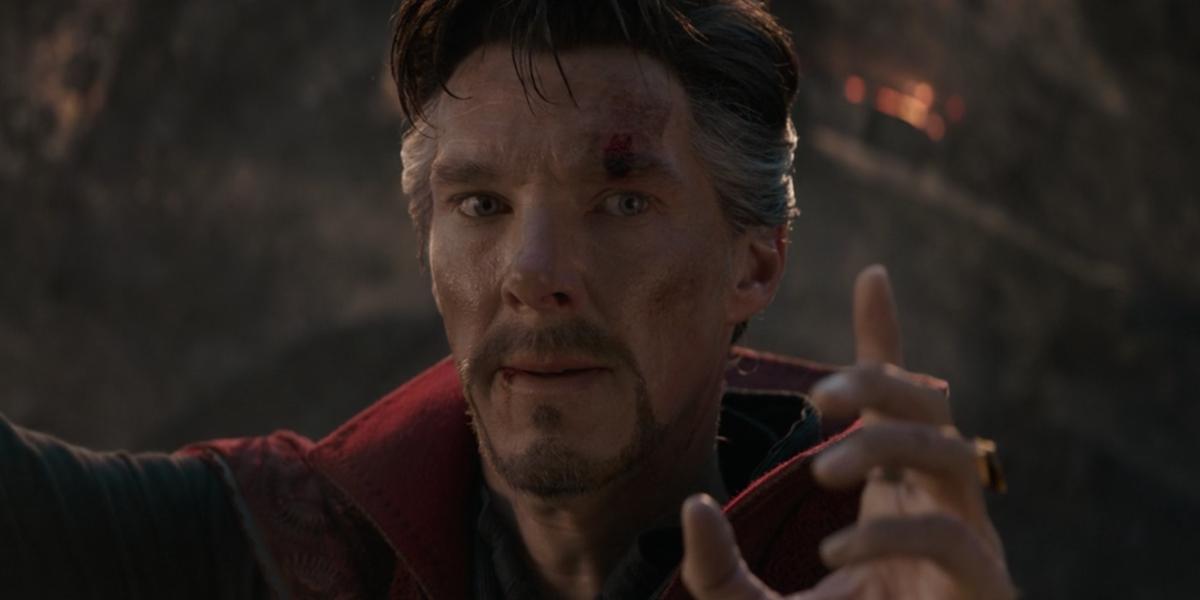 Doctor Strange staring at Iron Man in Avengers: Endgame's finale battle