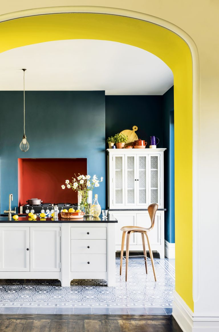 Blue room ideas: Blue and yellow kitchen