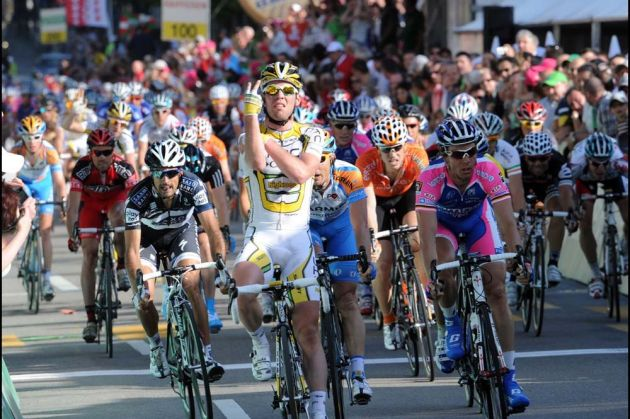Mark Cavendish wins stage two of Tour de Romandie