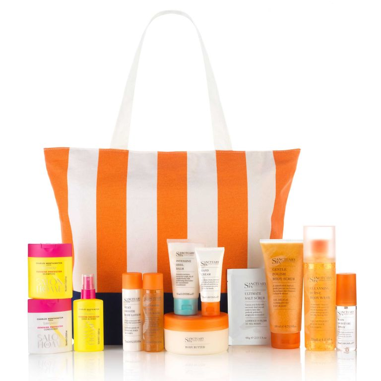 Beachbag-with-contents.jpg