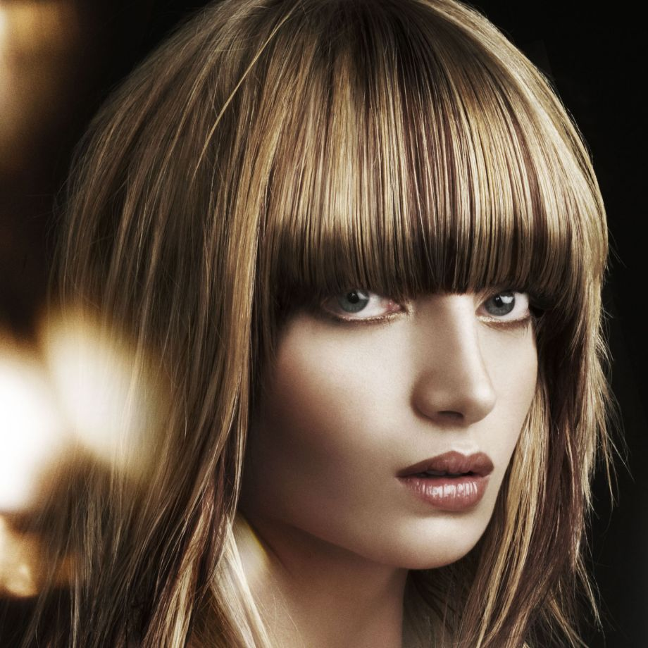 Mid length hairstyle with fringe