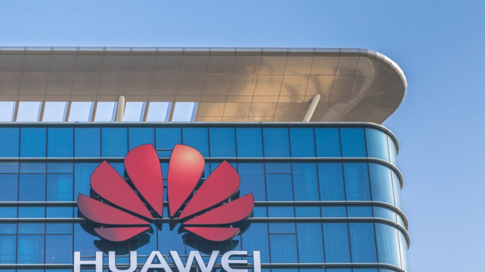 Trump and Johnson hold talks on Huawei UK 5G